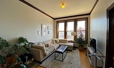 Living Room, 1440 N Ashland Ave, 0