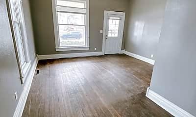 Living Room, 2024 Scott St, 1