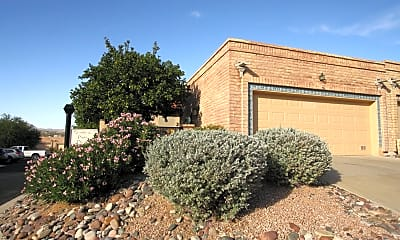 Building, 273 E Southern Pines Dr, 1