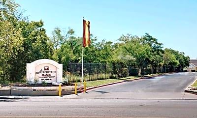 Monticello Manor, 2