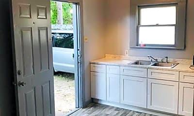 Kitchen, 618 N 16th St, 1