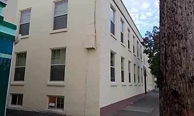 Cascade Apartments, 0