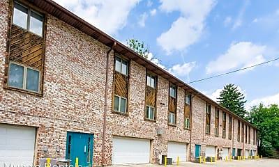 Building, 920 N Linden St., 2