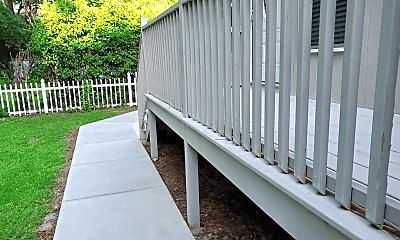 Patio / Deck, 131 University Dr, 2