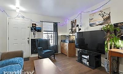 Living Room, 2109 Manson Ave, 0