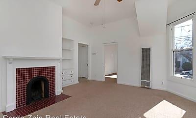 Bedroom, 1529 Union St, 1