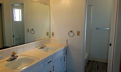 Bathroom, 191 N Balmayne St, 1