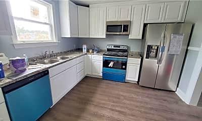 Kitchen, 2309 Airline Blvd A, 1