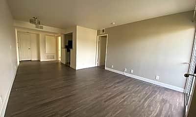 Living Room, 1250 N June St, 0