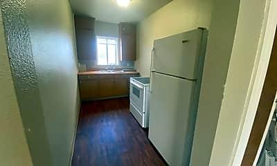 Kitchen, 1333 N Main St, 2