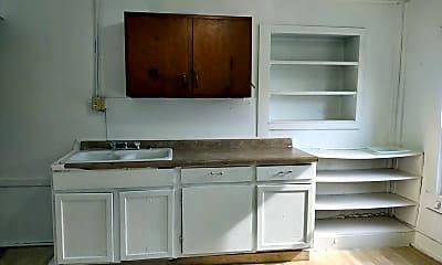 Kitchen, 913 Walker St, 1
