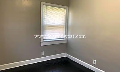 Bedroom, 2865 N Talbott St, 2