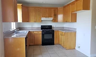 Kitchen, 15965 Victory Blvd 1, 1