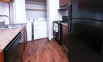 Kitchen, DWELL @ 750, 2