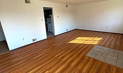Living Room, 5401 Wilson Ct, 1