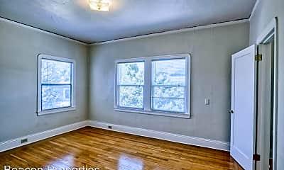Bedroom, 6031 Claremont Ave, 1