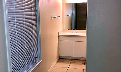 Bathroom, 3725 Conroy Rd, 1