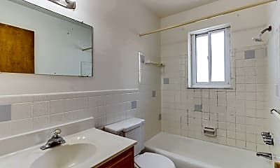 Bathroom, 2928 Kenwick Cir, 2
