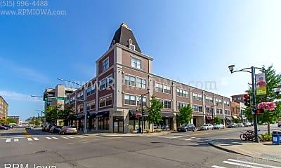 Building, 400 E Locust St, 0