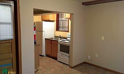 Kitchen, 942 Conway St, 1