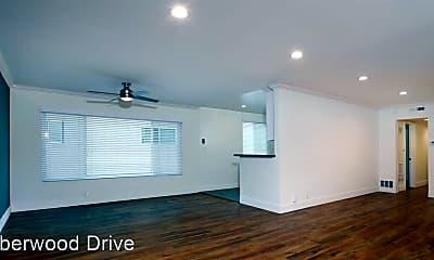 Living Room, 1653 Amberwood Dr, 1