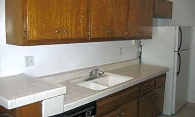 Kitchen, 5349 Newcastle Ave, 1