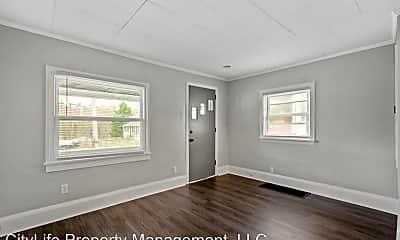 Living Room, 264 Cedar St, 1