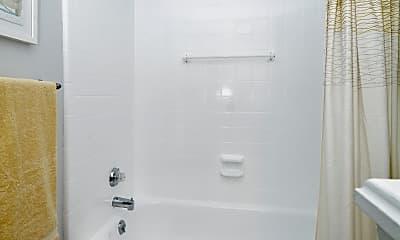 Bathroom, Regatta at Lake Lynn, 2