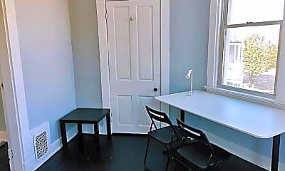 Bathroom, 2823 Highland Ave, 2