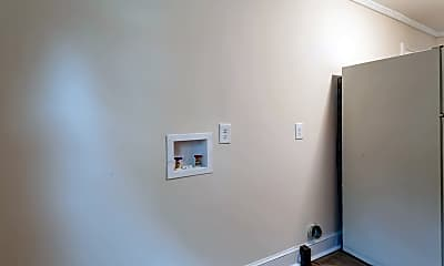 Bedroom, 307 Bell St, 2