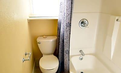Bathroom, 3424 SE 10th Ave, 2