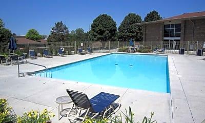 Pool, Grandridge, 0