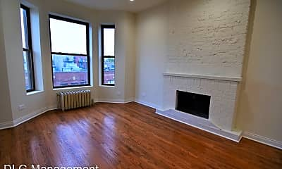 Living Room, 900 W Belmont Ave, 1
