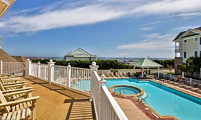 Pool, 22 McKinley St, 2