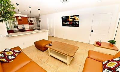 Living Room, 2001 NE 62nd St 731, 0