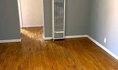 Living Room, 1028 Redondo Ave, 2