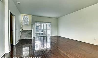 Living Room, 2650 N Humboldt Blvd, 1