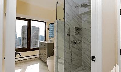 Bathroom, 165 E Delaware Pl, 0