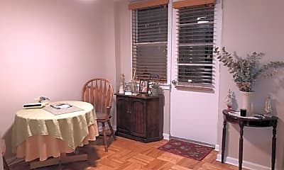 Dining Room, 110-50 71st Rd, 1