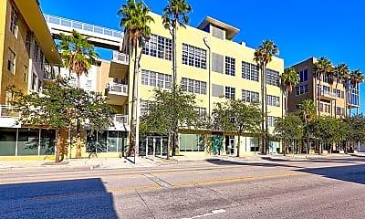 Building, 435 N Andrews Ave 402, 1