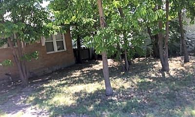 Building, 3804 S Harrison St, 2