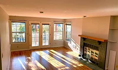 Living Room, 5540 Woodlawn Ave N, 2