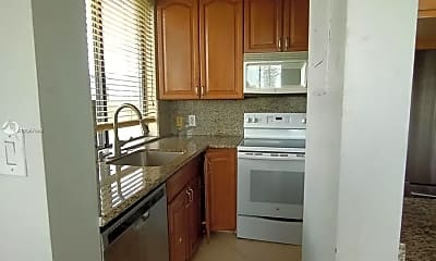 Kitchen, 4222 Inverrary Blvd 4415, 2