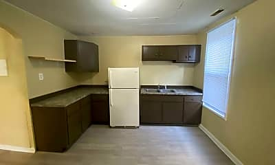 Kitchen, 2004 Bakewell St, 2
