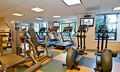 Fitness Weight Room, 400 N LaSalle Dr 3811, 2