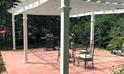 Patio / Deck, 47 Avery St, 2