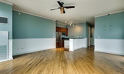 Living Room, 170 W Polk St, 1