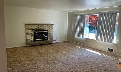 Living Room, 5707 Sunset Ln, 1