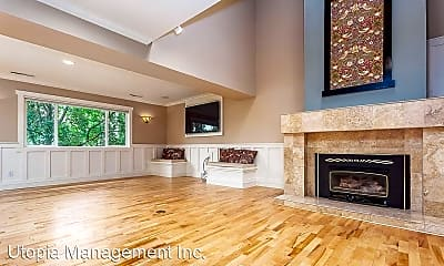 Living Room, 510 Allegheny Drive, 1