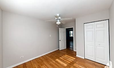 Bedroom, 7539 N Bell Ave, 1